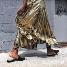 Metallic Pleated Skirt, Skirt Outfits, Tie Dye Skirt, Spring, Instagram Posts, Skirts, Clothes, Fashion, Followers