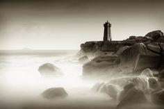 Fotograf Ploumanac'h lighthouse in the storm von David Chermat auf 500px