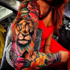 I want a lioness tattoo. Great colors!