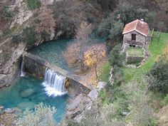 Look at the crystal clear water of that canyon!!! Rocchetta Nervina - Il Torrente Barbaira