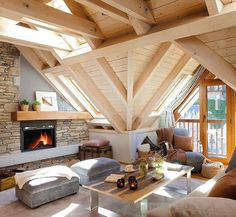 Small and Cozy Mountain Tiny Cottage in Val d'Aran, interior Design
