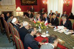 Bei Atomverhandlungen mit Iran schlägt Stunde der Wahrheit Für die Atomverhandlungen mit Iran schlägt die Stunde der Wahrheit: Eine weitere Nachspielzeit können sich die beteiligten Parteien jedenfalls nicht leisten.