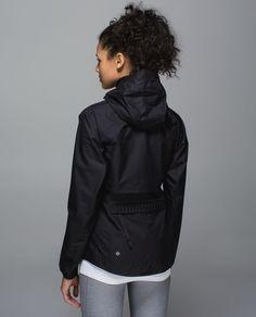 Lululemon The Best Vest Jacket - Black - lulu fanatics Vest Jacket, Hooded Jacket, We Wear, How To Wear, Athletic Outfits, Outerwear Women, Fitness Fashion, Lululemon, Windbreaker