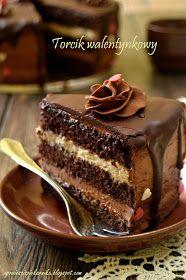 Opowieści z piekarnika: Walentynkowy torcik z Lusette Chocolate Caramel Cake, Chocolate Delight, Baking Recipes, Dessert Recipes, Lemon Cheesecake Recipes, Polish Recipes, Cake Decorating Tips, Sweet Cakes, Homemade Cakes