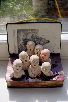Fantasy Whimsical Strange Mythical Creative Creatures Dolls Sculptures By Cunni Outsider art / forgotten children Creepy Art, Creepy Dolls, Weird Art, Creepy Faces, Strange Art, Scary, Altered Books, Art Brut, Art Dolls
