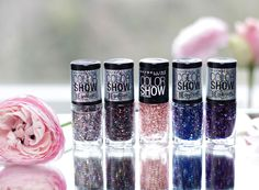 Glitter nailpolish by Maybelline Colorshow Colorama - alle Infos auf www-miss-annie.de #beauty #blogger #nailart
