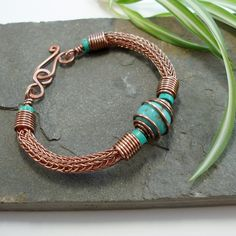 Torcesque - Turquoise And Copper Viking Knit Bracelet Knit Bracelet, Copper Bracelet, Copper Jewelry, Wire Jewelry, Jewelry Art, Bracelets, Beaded Jewelry, Jewelry Design, Copper Wire