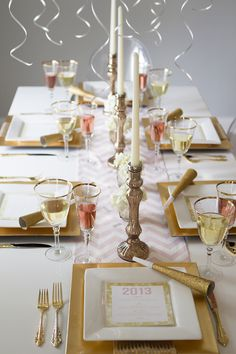 Glitter, gold and chevron tablescape