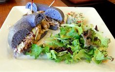 This Kaka'ako Café Serves Some of the Best Bagels in the Islands - Biting Commentary - August 2015 - Honolulu, HI