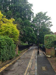 Urban Wandering - Holly Walk, Hampstead, London NW3 #psychogeography