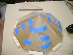 There are many ways to design polygonal structures but this is the path I have chosen for small bird feeders and bird houses. It relies on s...