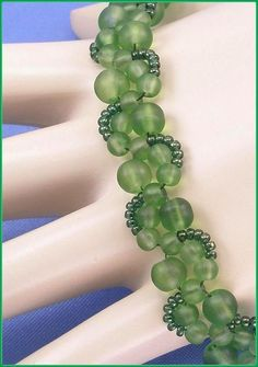 """05-267 Meadow Green Frosted Glass Bead Bracelet along with a Elephant Lobster Claw Clasp. """"FREE SHIPPING"""""""