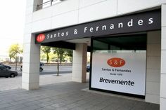 Design e concepção de Publicidade Exterior para a Empresa SANTOS & FERNANDES