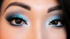 Znalezione obrazy dla zapytania pale blue eyeshadow