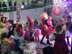 Carnevale di Viareggio in trasferta a I Gigli! #gigliamo