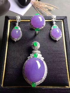 Lavender jade, green jade and diamond jewelry set. Jade Earrings, Jade Jewelry, Crystal Jewelry, Bridal Jewelry, Jewelry Art, Jewelry Accessories, Jewelry Design, Women Jewelry, Fashion Jewelry