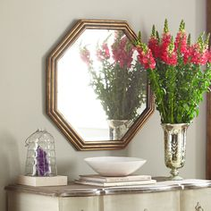 Octagon Mirror – Gilt 30 diameter