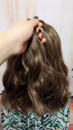 hairstyles for long hair videos Hairstyles Tutori Pretty Hairstyles, Girl Hairstyles, Braided Hairstyles, School Hairstyles, Hair Upstyles, Wedding Guest Hairstyles, Long Hair Video, Long Curly Hair, Hair Videos