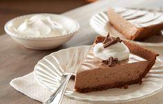 Hershey's Kitchens | Easy HERSHEY Bar Pie