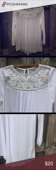 Abercrombie & Fitch tunic with crochet detail Abercrombie & Fitch white tunic with crochet detail, size S super cute almost new Abercrombie & Fitch Tops Tunics