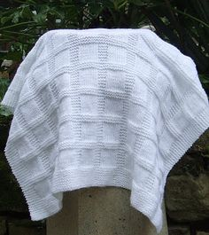 Easy baby blankets to knit or crochet