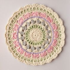 little_v_and_me crochet mandalas