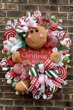 Gingerbread Christmas Decor, Candy Land Christmas, Front Door Christmas Decorations, Gingerbread Crafts, Gingerbread Decorations, Christmas Mesh Wreaths, Christmas Diy, Christmas Wishes, Holiday Style