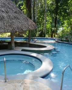 Awesome Swimming Pool w/Swim-Up Bar