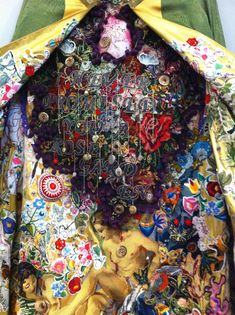 Alexandra Drenth - Textile artist in Amsterdam - Netherlands. Specializing in hand embroideries and collage techniques.