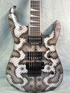 What a great looking guitar!