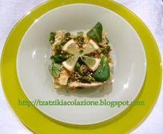insalata di pollo alla mela grattugiata e sesamo tostato