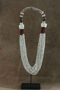 Home decor Necklace stand Kombai  Authentic por TheWisdomGaze, $315.00