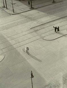 :: Laszlo Moholy-Nagy, 7AM, New Year's Morning, c1930 ::