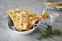 Day 6 of the 12 Days of Canapés – Rosemary Flatbread | Kitchen Culinaire