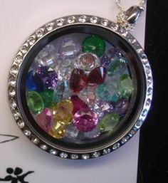 Origami Owl Personalized Jewelry Grandmother locket with 27 crystals to represent all of her grandchildren!!   {LOVE} THIS! Mother's Day. Grandparent's Day. Grandma. Nana. Mimi. Family. Heritage. Birthstones