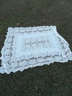 Vintage Tablecloth Lace Topper Wedding Decor Table by misshettie, $22.00