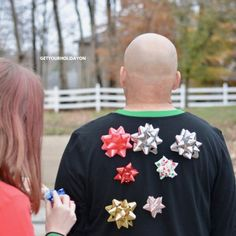 How to Play a Game with Christmas Bows | Get Your Holiday On