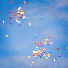 """A wonderful shot I feel have captured. Numerous balloons flying high in the sky without any pre-defined destination. Don't know why I felt really so happy when I was capturing the shot. I think it is the good feel I've got seeing the independence the balloons have got. Though they don't have any life or somethingI was just meaning the feel of independence. It is also said that """"A poor independence is a ton times better than a rich slavery"""". Isn't it? Hencewe did fought for our independence…"""
