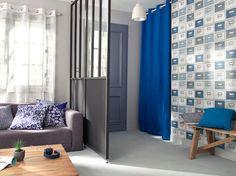 Panneaux coulissants, verrière, bibliothèques, rideau, panneau, rangement... Oubliez le simple paravent et séparez l'espace de votre intérieur astucieusement...