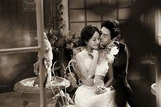 유지태가 김효진에게 반했던 점은 자신이 가장 좋아하는 클래식 음악을 김효진에게 들려주었는데 그 노래에 관한 제목과 역사적 배경 시대적 상황을 이야기 해서 거기서 호감이 생겼다고 한다. 좋아하는 사람이 생기면 하나의 주제로 많은 이야기를 나누어야 하겠다. 공부도 많이 하고 말이다.