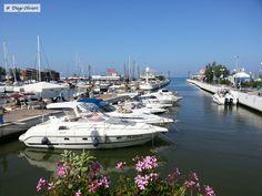 Riccione (RN) - pic by Diego Olivieri - #porto #sea #mare #sky #rimini Sky, Porto, Italia, Heaven, Heavens