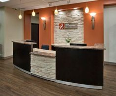 Another nice front desk