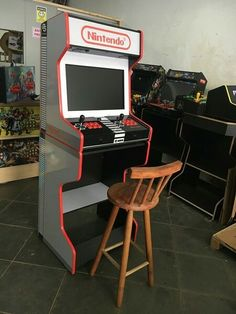 Diy Projects Man Cave, Home Projects, Arcade Game Room, Arcade Games, Arcade Machine, Vending Machine, Arcade Bartop, Diy Arcade Cabinet, Electrical Projects