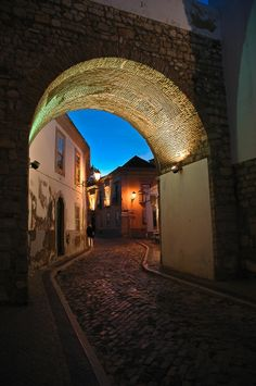 Arch to the Old Town - Faro