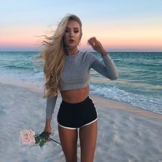 Image about girl in Aspen Mansfield👅 by bitcchxbaby Sexy Hot Girls, Cute Girls, Look Fashion, Teen Fashion, Chic Outfits, Summer Outfits, Aspen Mansfield, Looks Jeans, Good Girl
