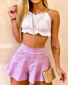 Blue Roses Wallpaper, Pink Outfits, Fashion Pants, Casual Looks, Boho Chic, Crop Tops, Womens Fashion, T Shirt, Clothes