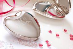 Geschenkideen für die Trauzeugin als Dankeschön!  Foto: Ja-Hochzeitsshop