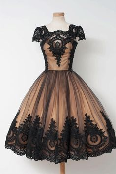 Applique Prom Dresses, Black Ball Gown Prom Dresses, Short Black Homecoming Dresses,#promdresses #shorthomecomingdresses #homecomingdresses #partydresses