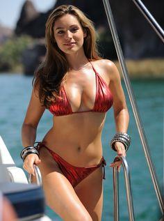 Chicas en Bikini - Buscando el mejor cuerpo del verano 2013