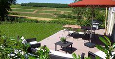Terrasse sur le vignoble gite charme bourgogne